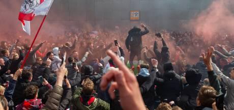 Politie onderzoekt mishandeling fotograaf bij kampioensfeest Ajax