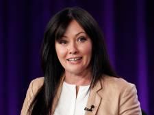 """""""Je veux voir des femmes comme moi"""": Shannen Doherty dénonce le culte de la chirurgie esthétique"""