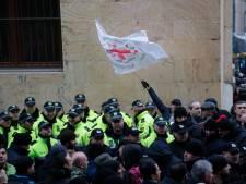Une odeur d'excréments interrompt une séance parlementaire en Géorgie