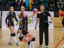 Lisanne de Krosse kan nu bij 'haar' Dynamo Apeldoorn in de eredivisie spelen