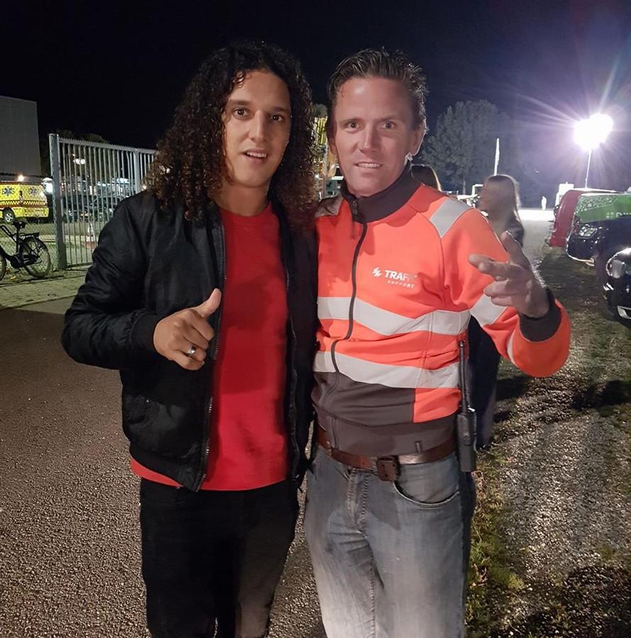 Eric-Jan Rietveld aan het werk met rapper Ali B (l).