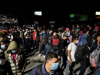 """Opnieuw migrantenkaravaan richting VS: """"Biden zal ons helpen"""""""