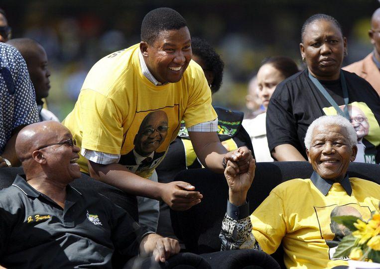 Mandela sprak het stadion niet rechtstreeks toe, maar liet een vooraf opgenomen video-opname vertonen. Foto EPA Beeld