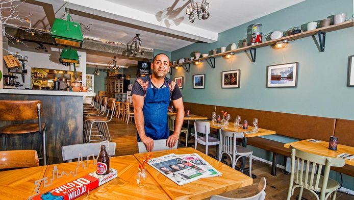Lieven de Regt wil leven in de brouwerij op het horecaluwe Bergpolderplein en is daarom daar zijn Brasserie (H)eerlijk begonnen.