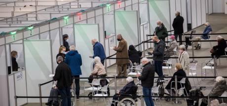 Derde prik in zicht? 'Aantal extra antistoffen indrukwekkend, zeker bij ouderen'