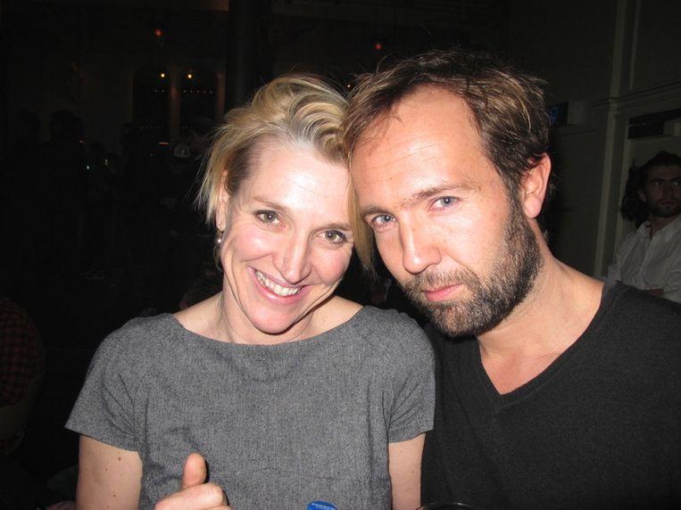 Corinne van Duin, Viva-hoofdredacteur en vrouw van Playboyman Jan Heemskerk, met Playboy-chef Marcel Langedijk. Beeld