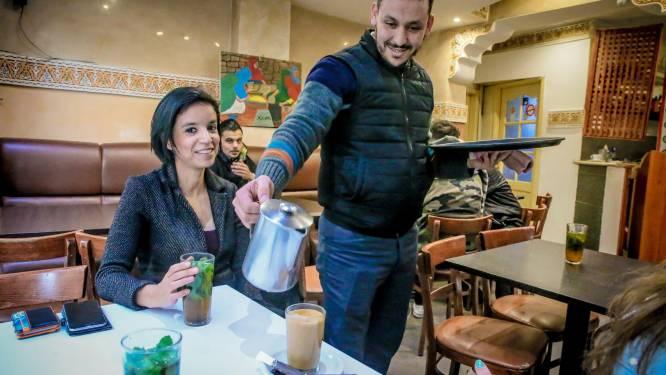 'Femmes au café': allochtone vrouwen vaste klant in Brusselse mannencafés