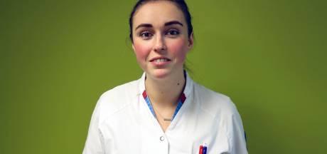 Ook Tessa staakt: 'Soms zit ik langer achter de pc dan dat ik met een patiënt kan praten'
