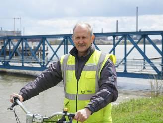 """Fons (68) zwaait na 52 jaar dienst af bij Umicore: """"Meer dan halve eeuw elke dag met de fiets door weer en wind"""""""