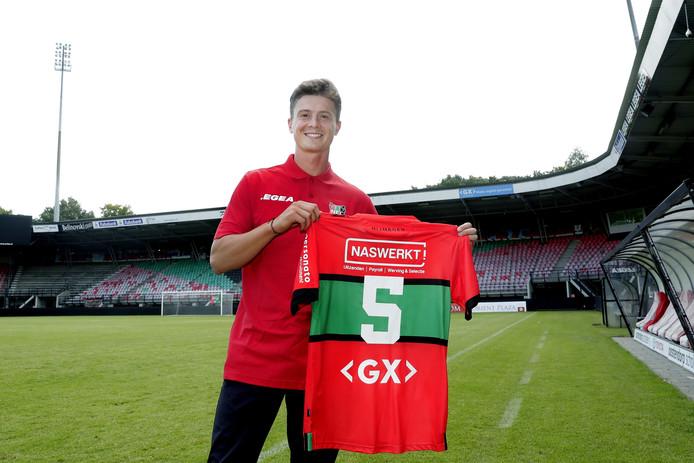 Bas Kuipers heeft bij NEC het shirt met rugnummer 5 gekregen.