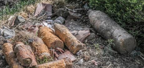 Un obus de la Première Guerre mondiale explose dans un champ de pommes de terre, une femme blessée