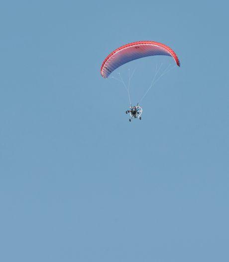 Met een propeller op je rug zo vrij als een vogel: meevliegen met de paramotorvrienden van Oost-Nederland
