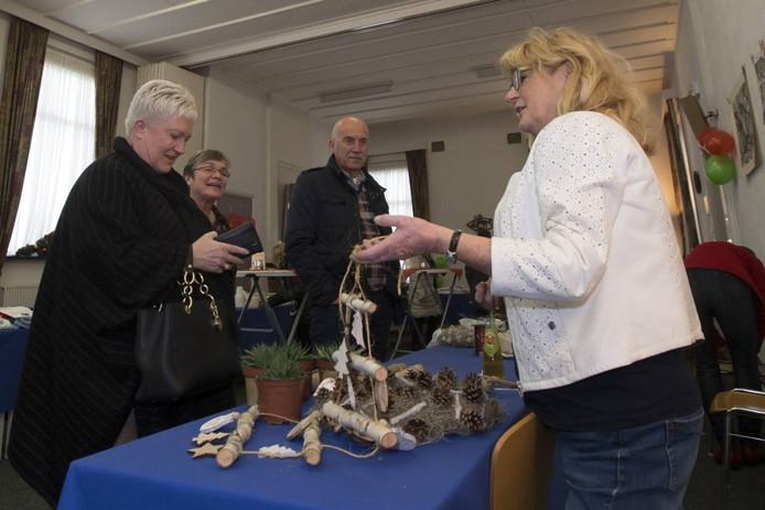 De winterfair van de Vrije Evangelische Gemeente in Nijverdal bracht 2.710 euro op.