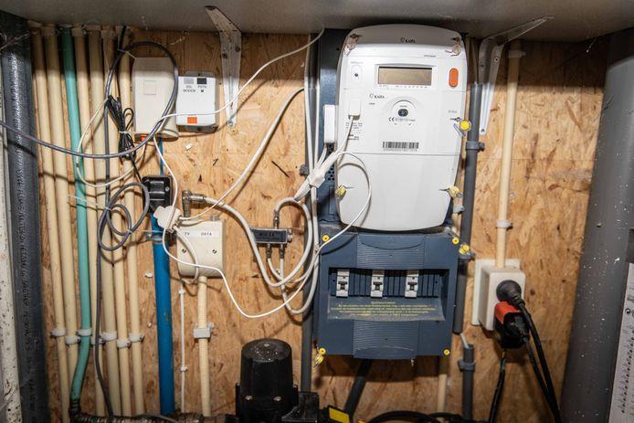 andre lindenbergh; gasloos huis; goes; 2018; elektrischiteitsmeter;