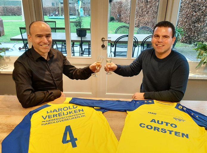 Voorzitter Jack van Rossum (l) en hoofdtrainer Freddy Vermeulen (r).