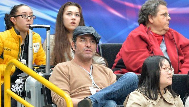 Jean Dujardin avait mis la puce à l'oreille des médias en assistant aux championnats du monde de patinage au Japon le 28 mars