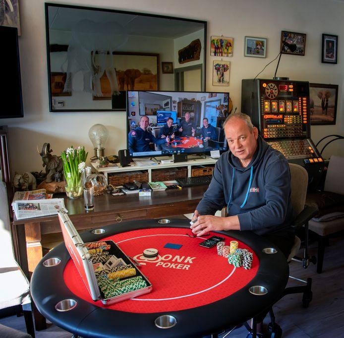 Johan Huisman uit Harderwijk is al drie jaar de nummer 1 op de rankinglijst van de Nederlandse amateurpokerwereld. Vijf maanden op voorhand heeft hij zich verzekerd van een plek in de finale van het Open Nederlands Kampioenschap Poker, in juli 2021.