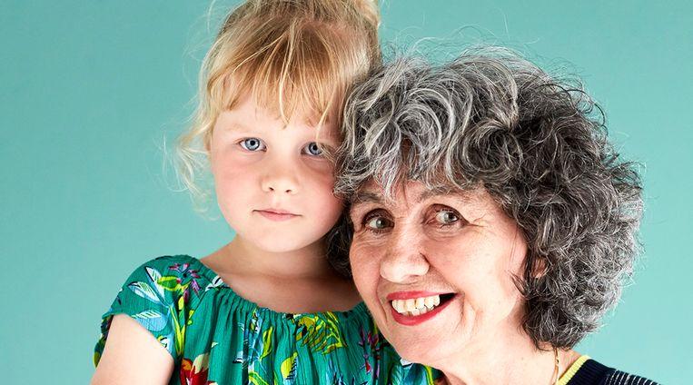 """Oma's oogappel: """"Onze spruit moet het ook nog eens doen zonder neven en nichten"""""""