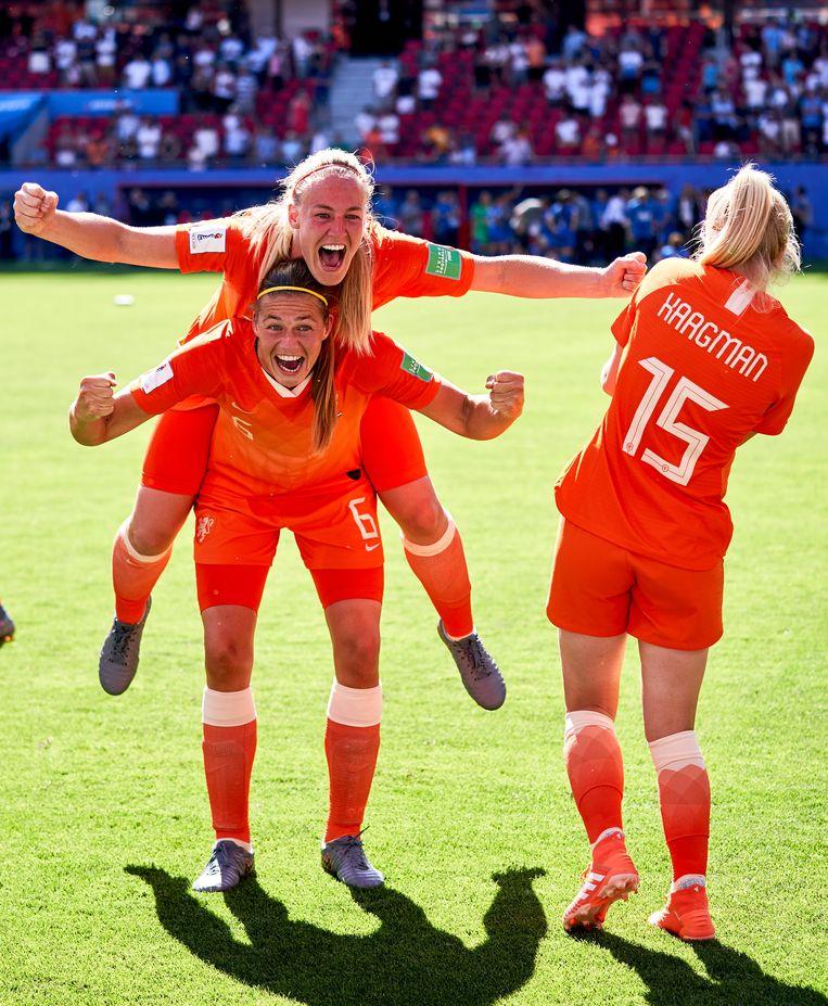 De oranje voetbalsters op weg naar zilver op het WK in 2019 in Frankrijk. Beeld Photo News