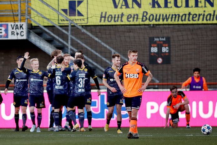 Roda JC viert, FC Volendam treurt.