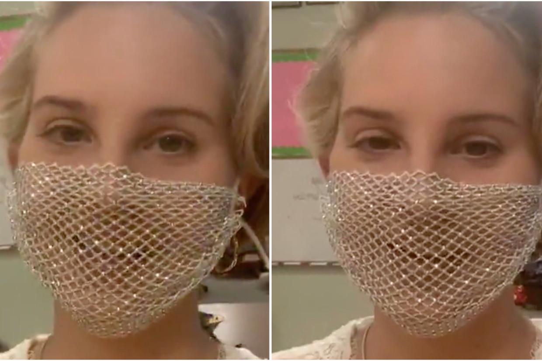 Lana Del Rey met haar opvallende mondmasker Beeld Lana Del Rey