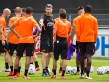 Van Bommel bij start incompleet PSV: 'Dit is niet wat je wil als trainer'