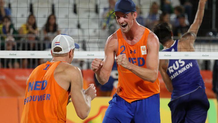 Alexander Brouwer en Robert Meeuwsen na hun overwinning. Beeld Getty Images