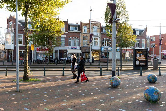Winkels in de Haagse wijk Transvaal, waar de warmteleiding dwars doorheen gaat lopen, zijn dadelijk lange tijd niet meer bereikbaar voor het publiek.
