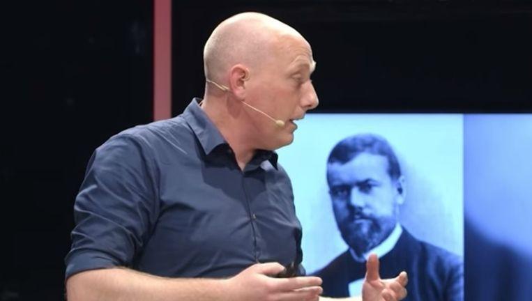 Dr. Prof. Achterberg. Beeld Universiteit van Nederland