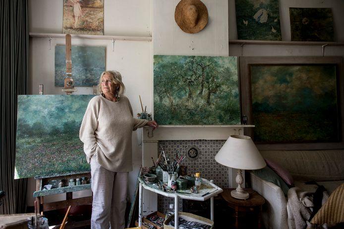 Hilda Blom ( 88 ) gaat exposeren bij haar zoon Peter Donkersloot.