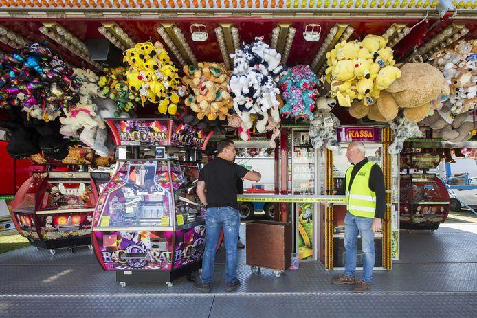 Op de aangekondigde kermis in Apeldoorn is afstand houden volgens organisator Job de Voer een koud kunstje.