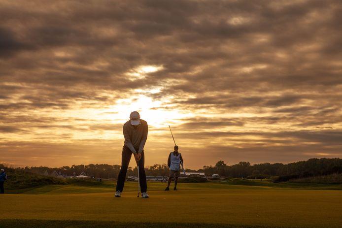Het KLM Open golftoernooi op golfbaan The Dutch. Vlakbij deze golfbaan, aan de Haarweg in Spijk, wil The Dutch een tweede baan aanleggen. De bouw ligt sinds maart vorig jaar stil.