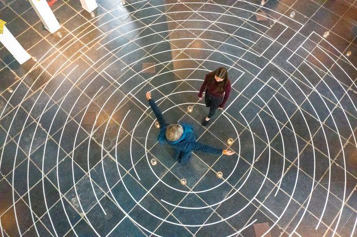 In het Oude Kerkje in Middelbeers is een labyrint uitgelegd.