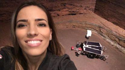 Griekse wetenschapster pocht met verwezenlijkingen bij NASA, maar wat speurwerk van professor brengt waarheid aan het licht