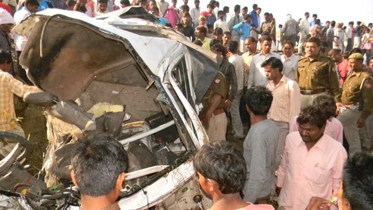 De jeep werd herleid tot een hoopje schroot. Beeld AFP