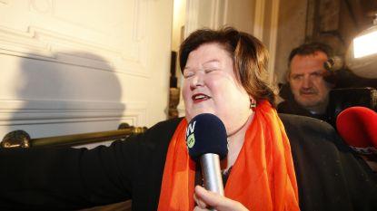 """Maggie De Block gaat meteen in tegen Francken: """"Het beleid moet weer menselijk worden"""""""