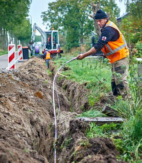 Aanleggen glasvezel in Oss vergt 2,5 jaar graafwerk, te beginnen in de Schadewijk, Herpen en Deursen-Dennenburg