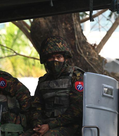 """L'UE """"prête"""" à sanctionner l'armée birmane"""