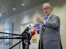 Mag Aboutaleb kabinet weigeren te volgen? 'Wet wijst burgemeester aan als autoriteit'