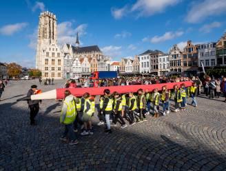 Mechelen roept inwoners op geknoopte lakens uit te hangen