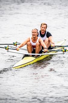 Robert (46) tweede in de dubbel twee bij roeirace Eemhead, zoon Bram (14) wint in de skiff