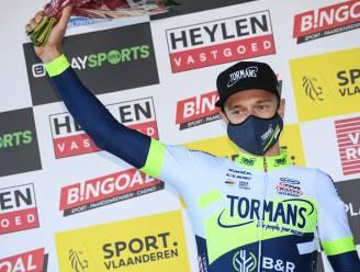 """Quinten Hermans sluit seizoen af met vier podiumplaatsen: """"Enorm afgezien tijdens sluitingsprijs"""""""