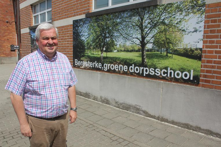 Paul De Roo, directeur van de school.