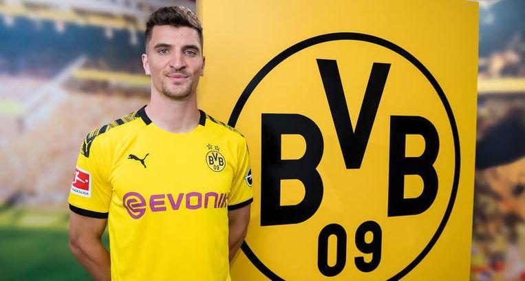 Thomas Meunier tekent bij Borussia Dortmund.