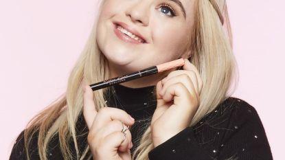 Model met syndroom van Down wordt ambassadrice van Benefit Cosmetics