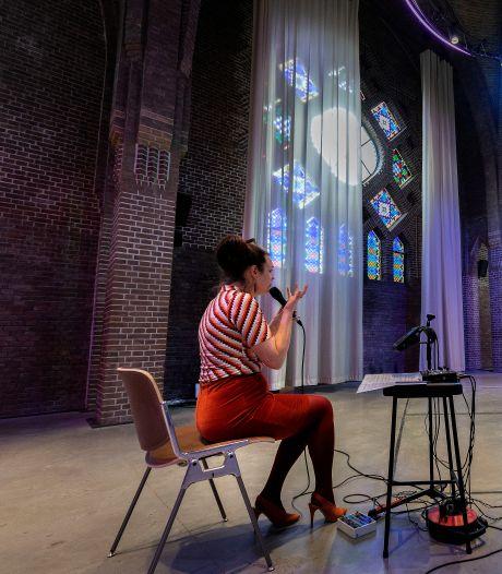 Een-op-een concerten zangeres Rianne Wilbers: Mensen omhelzen met muziek