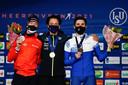 Het podium op de 10 kilometer, met Nils van der Poel, Jorrit Bergsma (zilver) en Alexander Rumyantsev (brons).