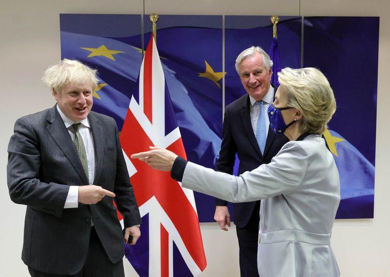 Brits premier Boris Johnson, Europees hoofdonderhandelaar Michel Barnier en Commissievoorzitter Ursula von der Leyen. Beeld Photo News
