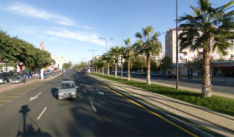 De Avenida Juan Carlos I in het Spaanse Murcia. Een van de drukste straten van de stad. Beeld Google Streetview