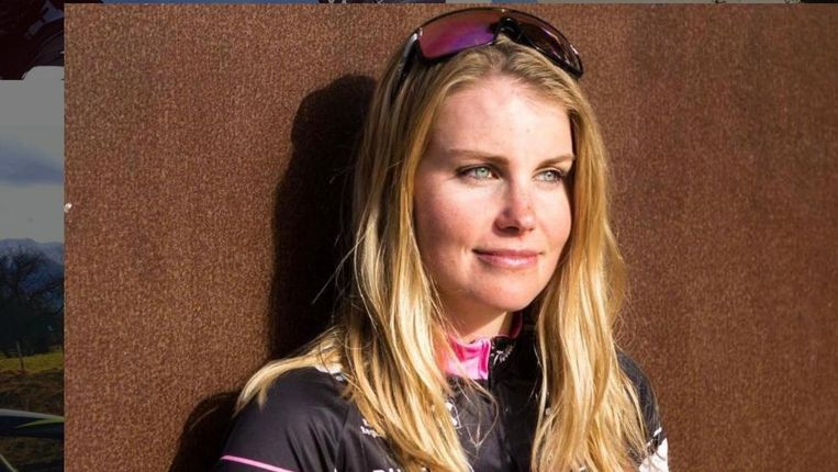 De 27-jarige triatlete Nathalie Birli werd dinsdag in de buurt van Graz door een autobestuurder moedwillig aangereden op haar fiets, daarna geslagen, vastgebonden en meegenomen naar een huis.
